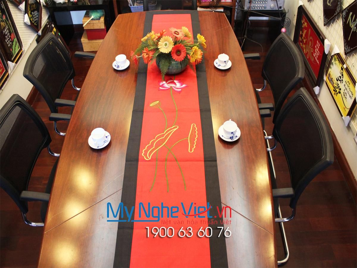 SILK TABLECLOTH - MNV-KLTB03-1