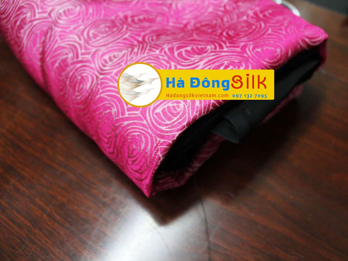 Lụa áo dài Hà Đông họa tiết hoa hồng nền hồng sen MNV-LHD25